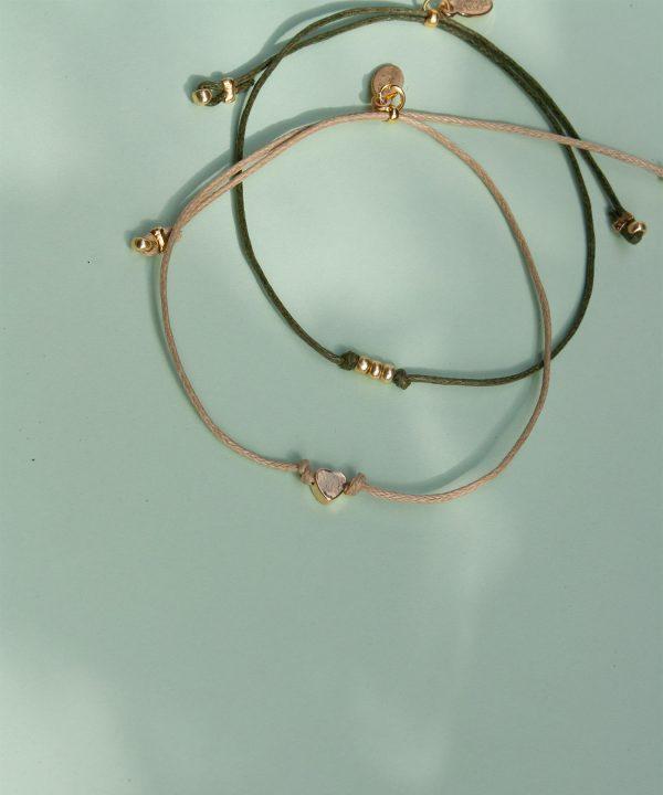Alva und Caja Armband Set von House of Klunkar. Geschenk für den Muttertag und Frühling.