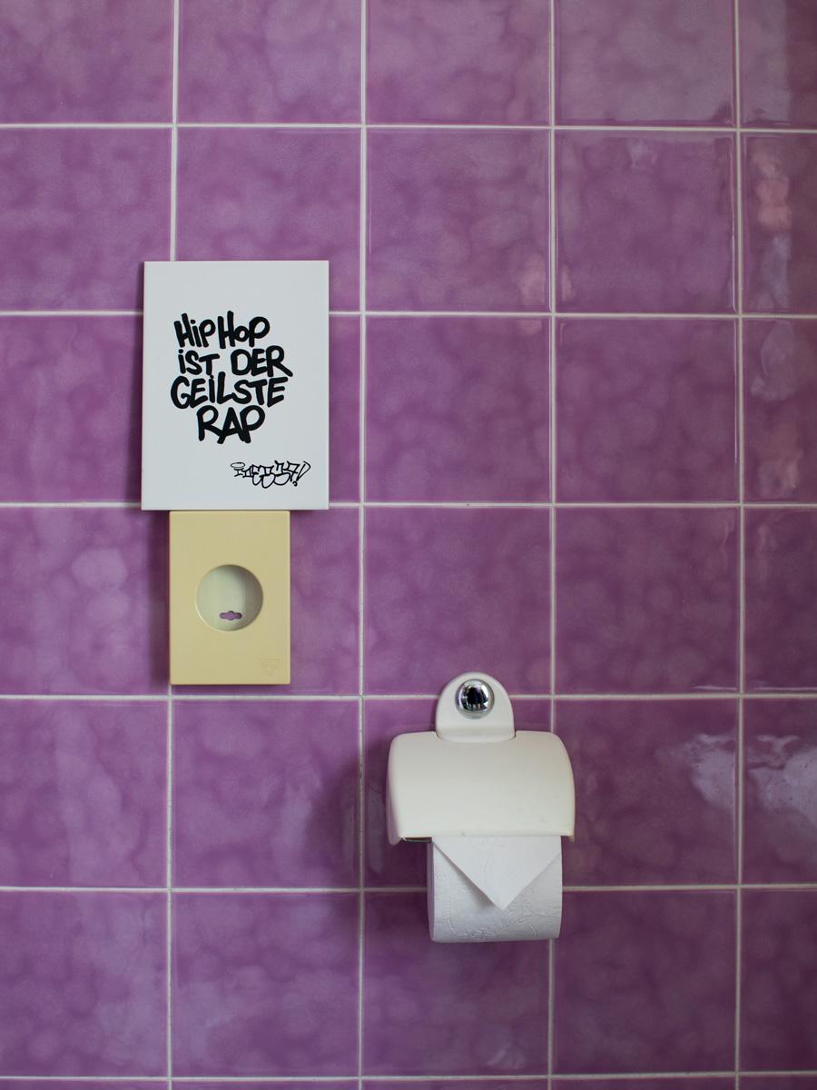 Hip Hop ist der geilste Rap. Fliese von Idee. House of Klunkar. Foto von Nina Bröll.
