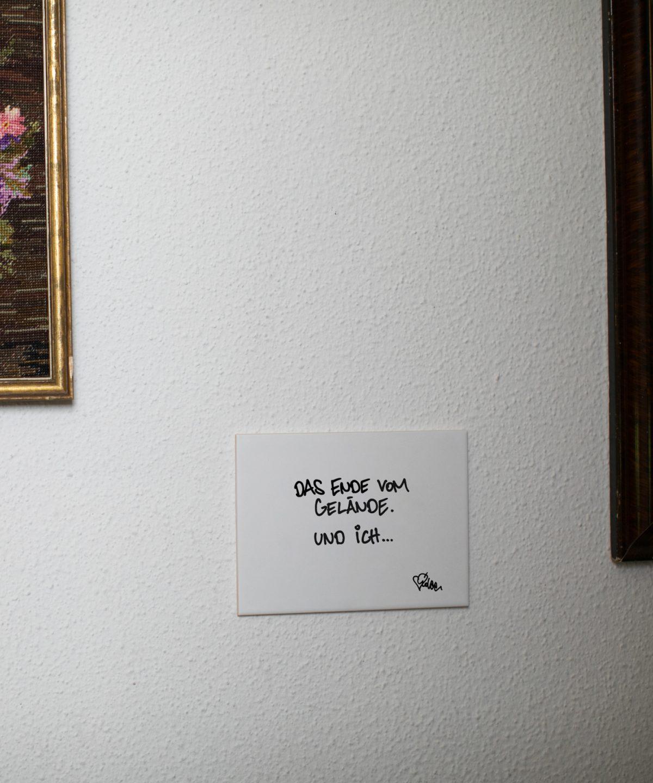 Wandkachel mit Typografie Das Ende vom Gelände und ich von Streetartist idee. Limitier verfügbar bei House of Klunkar. Foto von Nina Bröll.