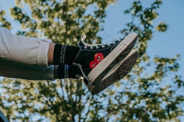 Schwarze Socken von Immer Zwo mit Chucks von Pia Pia Pia
